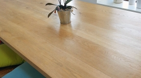 Cross-Leg-Oak-Dining-Table-(3)